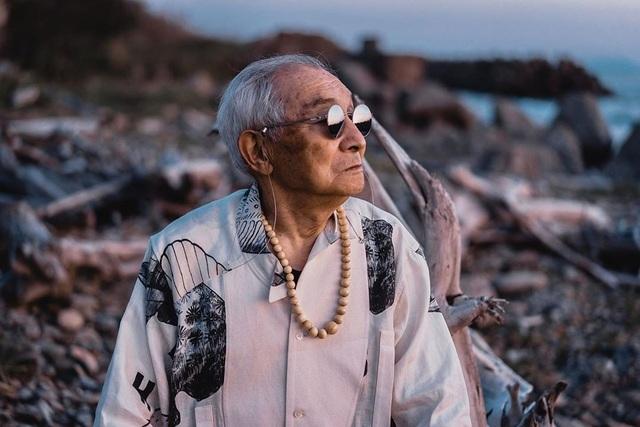 """Cụ ông 84 tuổi được mệnh danh """"ăn chơi"""" nhất Nhật Bản - 8"""