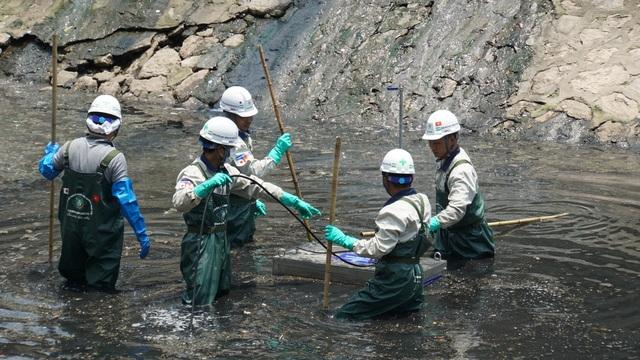 Có thể hồi sinh sông Tô Lịch bất chấp hàng trăm nghìn m3 nước thải đổ vào mỗi ngày? - 4