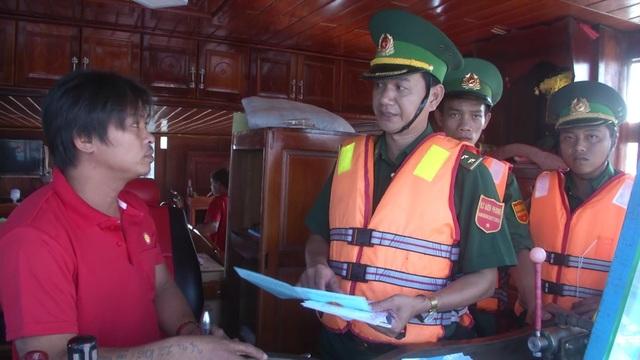 Ngư dân gặp khó với quy định về thợ máy khi vươn khơi - 2