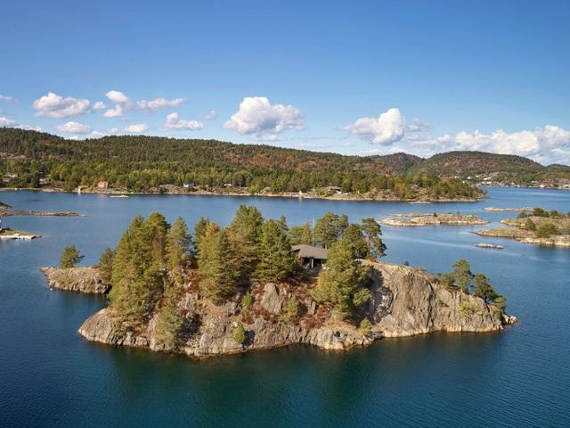 Chiêm ngưỡng ngôi nhà tĩnh lặng nằm biệt lập trên hòn đảo nhỏ xanh mát - 1
