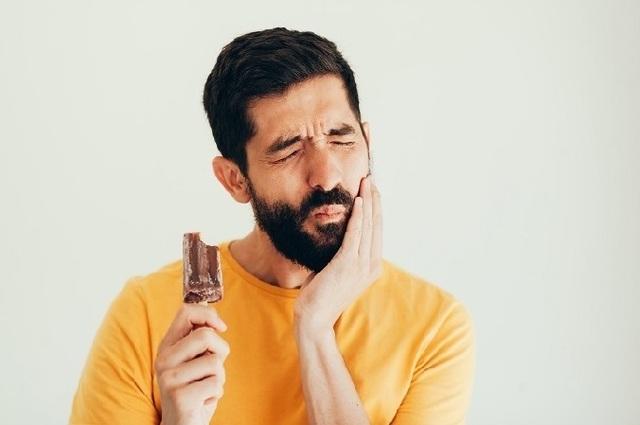 Những thói quen gây hại cho răng - 6