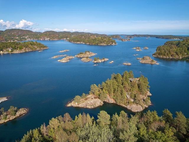 Chiêm ngưỡng ngôi nhà tĩnh lặng nằm biệt lập trên hòn đảo nhỏ xanh mát - 4