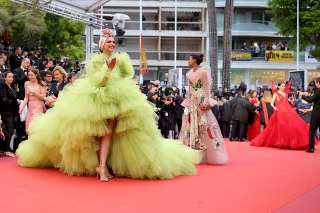 Deepika Padukone đẹp lộng lẫy tại Cannes - 3