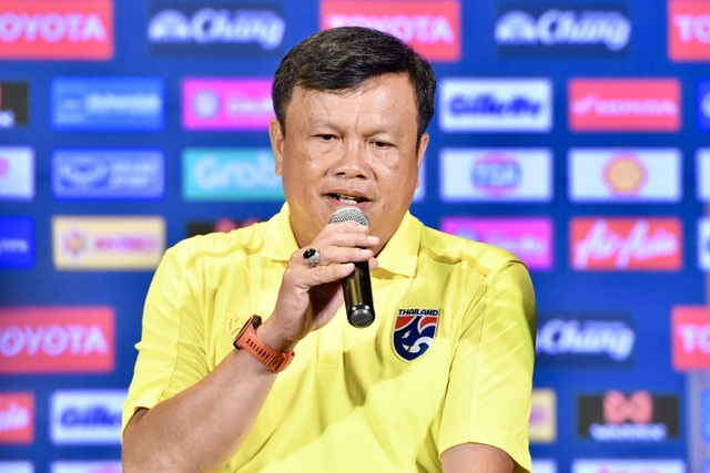 HLV đội tuyển Thái Lan đưa ra tối hậu thư cho các học trò - 1