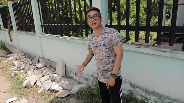 Nhạc sĩ Khánh Đơn bị chỉ trích đến hiện trường vụ án thi thể bị đổ bê tông quay phim - 1