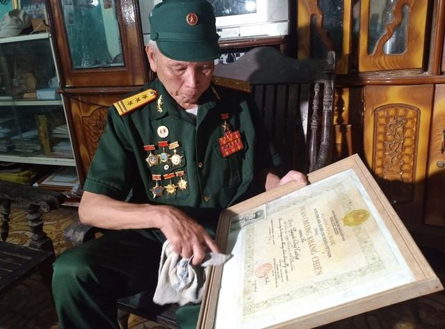 Gặp người chạy xe 10 vạn km đường Trường Sơn chở pháo phục vụ chiến đấu - Ảnh minh hoạ 3