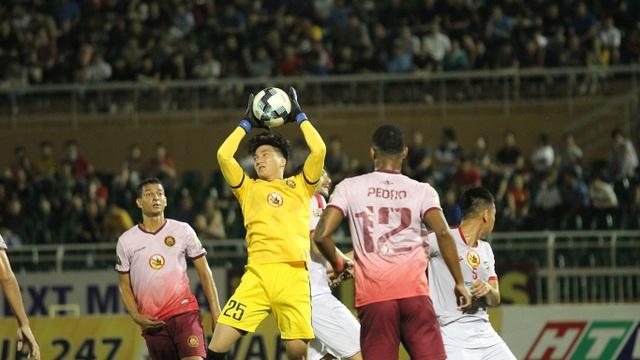 Quế Ngọc Hải mắc sai lầm, Viettel thua đậm Sài Gòn FC - 4