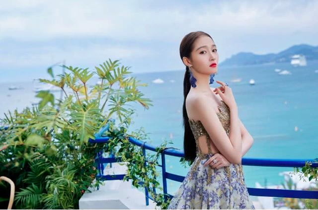 Quan Hiểu Đồng đẹp mơ mộng tại Cannes 2019 - 4
