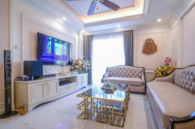 Ngắm căn hộ tân cổ điển vạn người mê ở Hà Nội - 1