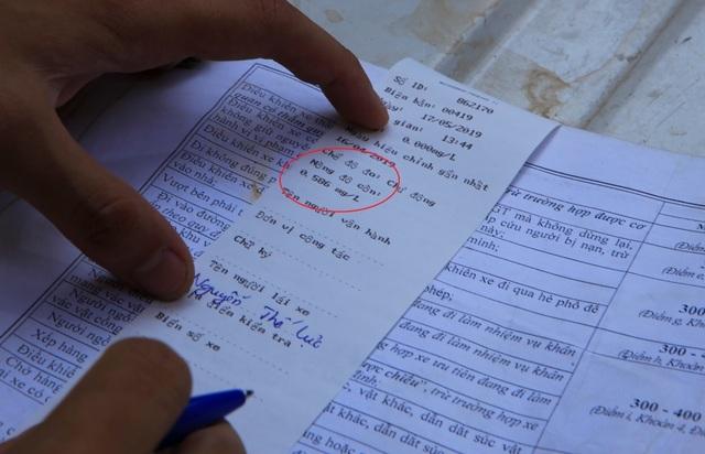 Theo chân CSGT Hà Nội xử lý tài xế vừa rời quán nhậu - 4