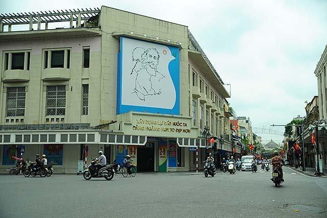 """Hoạ sĩ vẽ Bác Hồ với thiếu nhi: """"Bức tranh là kỉ vật riêng vô giá của đời tôi"""" - 2"""