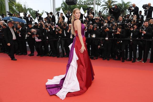 Siêu mẫu Trung quốc tái xuất tại Cannes sau khi được đại gia cầu hôn - 12