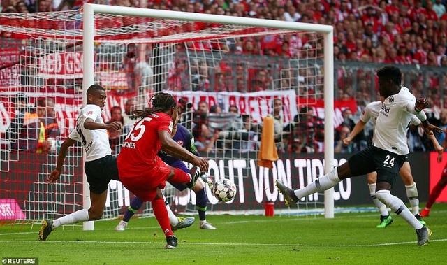 Robben và Ribery lập công, Bayern Munich vô địch Bundesliga lần thứ 29 - 4