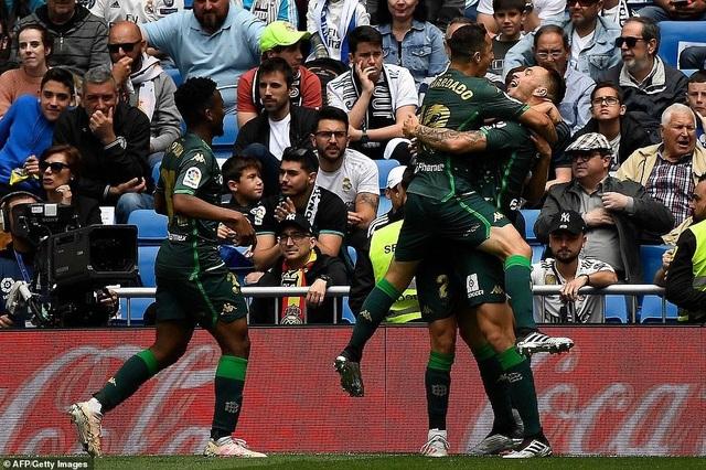 Real Madrid 0-2 Betis: Kết cục cay đắng cho HLV Zidane - 12
