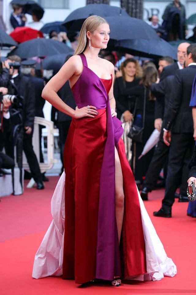 Siêu mẫu Trung quốc tái xuất tại Cannes sau khi được đại gia cầu hôn - 11