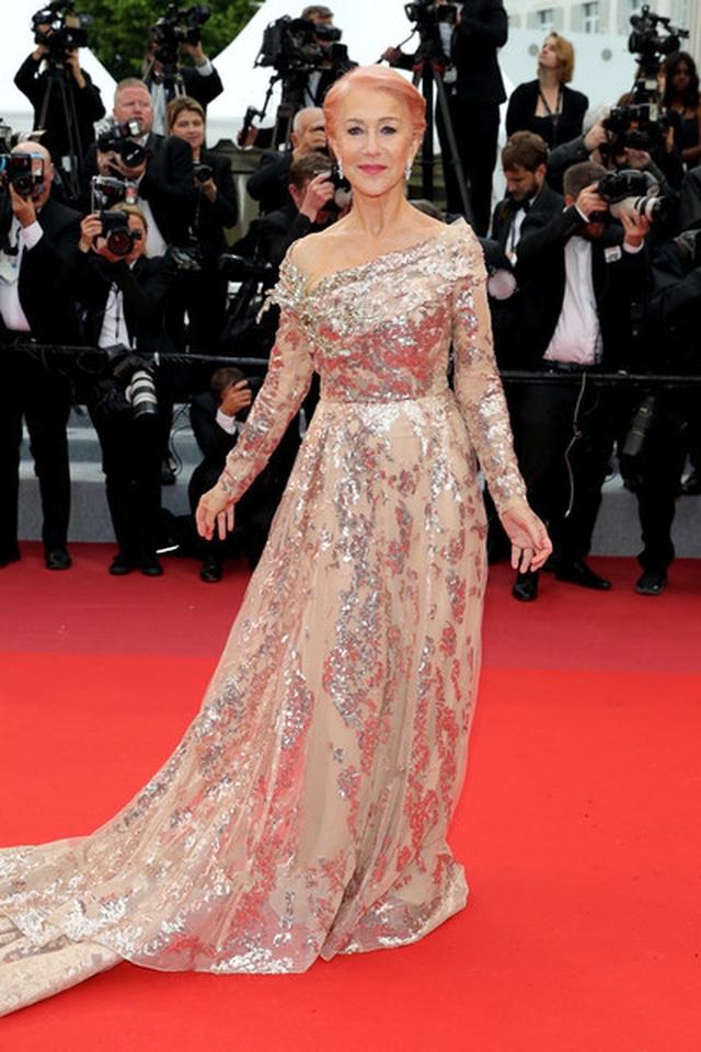 Siêu mẫu Trung quốc tái xuất tại Cannes sau khi được đại gia cầu hôn - 18
