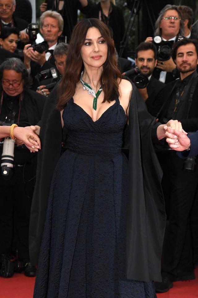 Siêu mẫu Trung quốc tái xuất tại Cannes sau khi được đại gia cầu hôn - 8