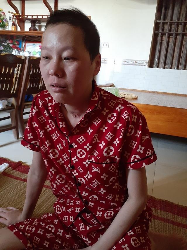 Bạn đọc Dân trí chung tay đưa người phụ nữ dân tộc Mông từ cõi chết trở về - 4