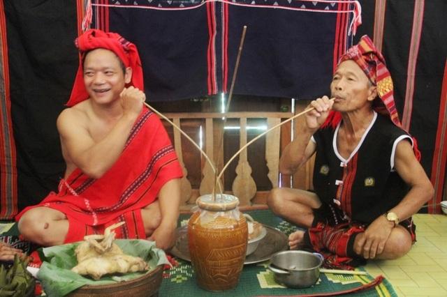 Tái hiện lại Lễ cưới của người dân tộc Pa Cô - Huế - 4