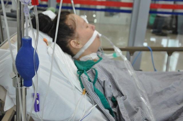 Bạn đọc Dân trí chung tay đưa người phụ nữ dân tộc Mông từ cõi chết trở về - 3