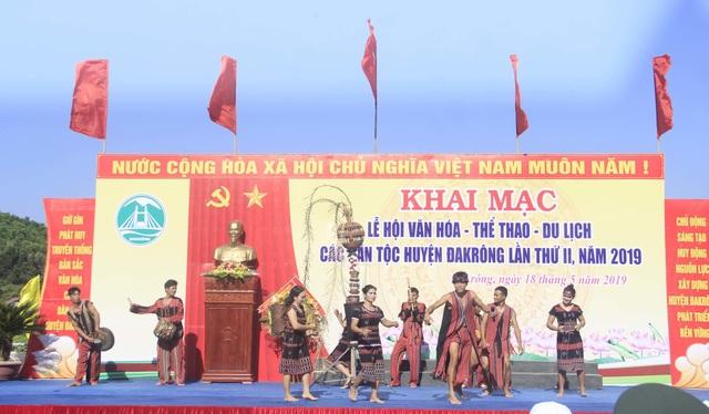 Quảng Trị: Đồng bào Vân Kiều, Pa Kô khôi phục nghề dệt thổ cẩm truyền thống - 1