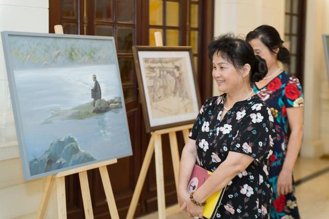 Trưng bày 38 bức vẽ Bác Hồ của nhiều hoạ sĩ nổi tiếng - 11