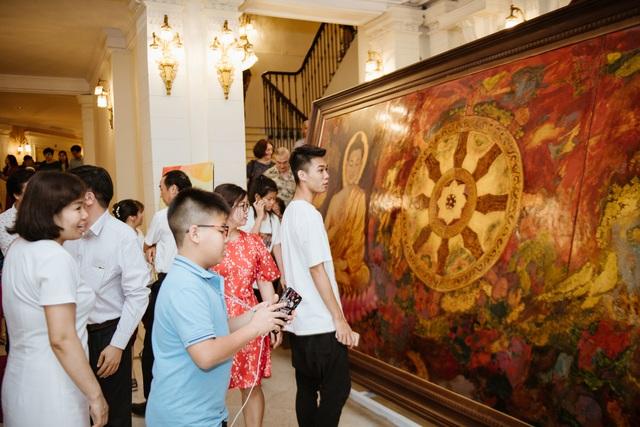 Trưng bày 38 bức vẽ Bác Hồ của nhiều hoạ sĩ nổi tiếng - 2