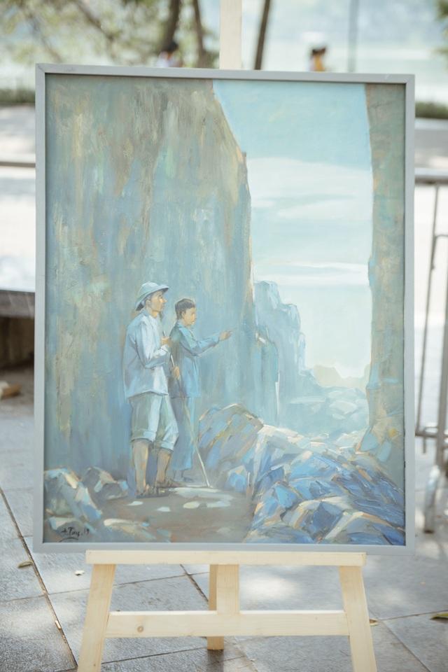 Trưng bày 38 bức vẽ Bác Hồ của nhiều hoạ sĩ nổi tiếng - 13