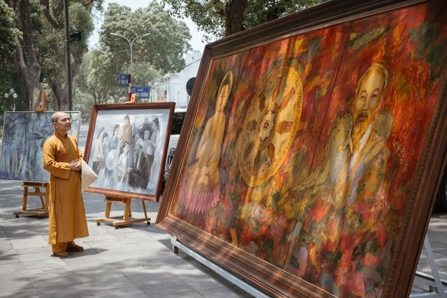 Trưng bày 38 bức vẽ Bác Hồ của nhiều hoạ sĩ nổi tiếng - 14