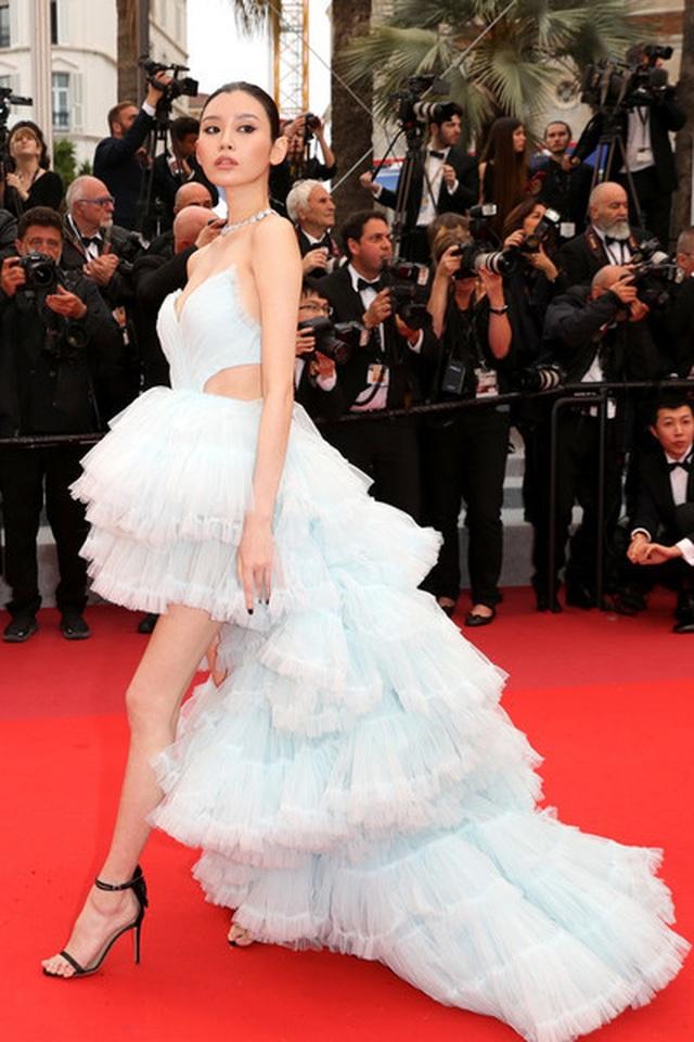 Siêu mẫu Trung quốc tái xuất tại Cannes sau khi được đại gia cầu hôn - 4