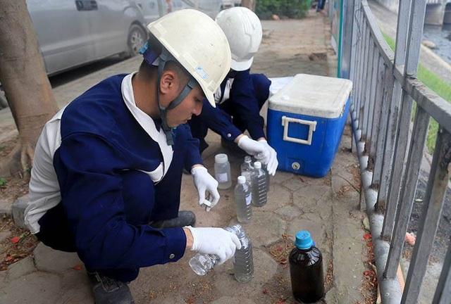 Kiểm tra chất lượng nước sông Tô Lịch sau khi áp dụng công nghệ làm sạch của Nhật Bản - 11