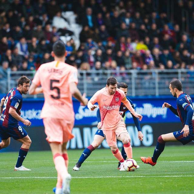 Barcelona thống trị đội hình xuất sắc nhất La Liga mùa giải 2018/19 - 6