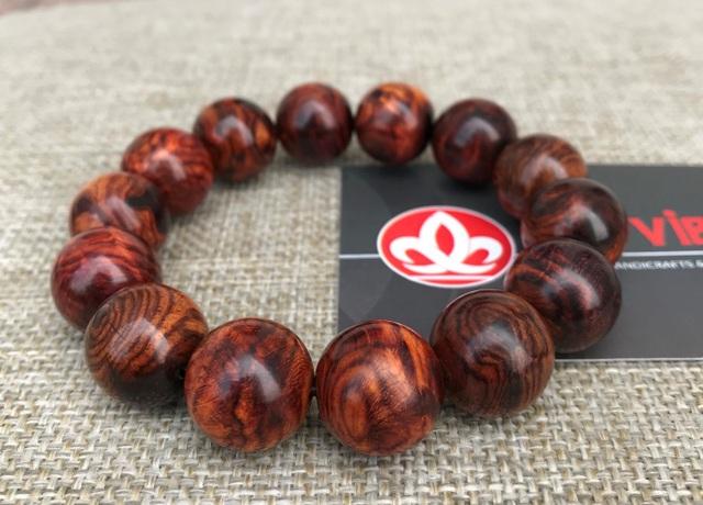Địa chỉ uy tín bán vòng tay gỗ Sưa đỏ, Trầm hương, Tử đàn tại Hà Nội và TPHCM - 1