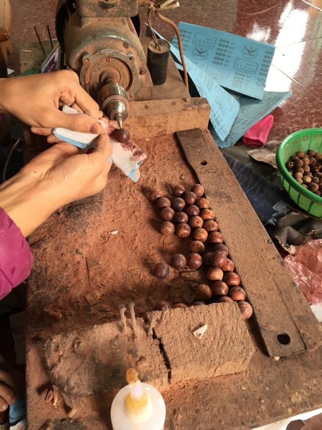 Địa chỉ uy tín bán vòng tay gỗ Sưa đỏ, Trầm hương, Tử đàn tại Hà Nội và TPHCM - 4