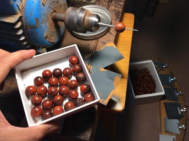 Địa chỉ uy tín bán vòng tay gỗ Sưa đỏ, Trầm hương, Tử đàn tại Hà Nội và TPHCM - 5