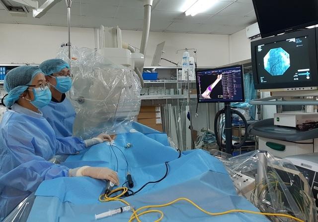 Bé gái có nhịp tim 200 lần mỗi phút vì hội chứng hiếm gặp - 2