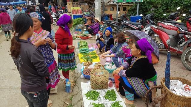 Nét nguyên sơ mang đậm bản sắc dân tộc ở phiên chợ lớn nhất Tây Bắc - 2