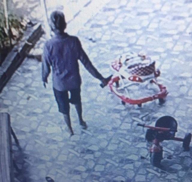 Công an điều tra vụ một gia đình nghi bị đầu độc nước giếng - 2