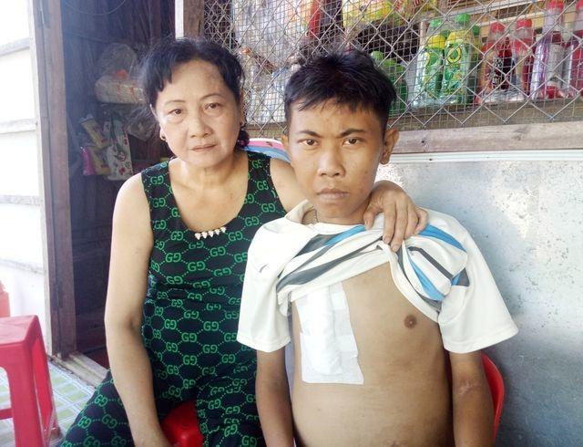 Bạn đọc Dân trí giúp đỡ mẹ con suy thận hơn 74 triệu đồng - 1