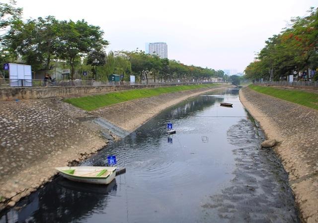 Cận cảnh đoạn sông Tô Lịch sau 3 ngày dùng công nghệ Nhật - 5