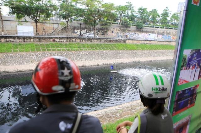 Cận cảnh đoạn sông Tô Lịch sau 3 ngày dùng công nghệ Nhật - 8