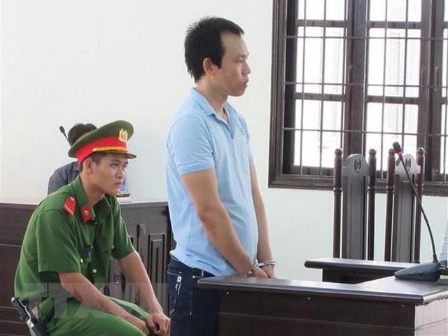 Nhân viên bán hàng lĩnh án 12 năm tù vì tội lừa đảo chiếm đoạt tài sản - 1