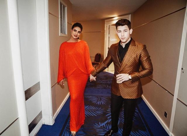 Priyanka Chopra - Nick Jonas: Cặp đôi nổi bật nhất LHP Cannes - 3