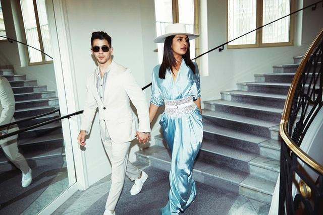 Priyanka Chopra - Nick Jonas: Cặp đôi nổi bật nhất LHP Cannes - 5
