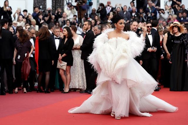 Hoa hậu đẹp nhất trong các hoa hậu lộng lẫy tại Cannes - 9