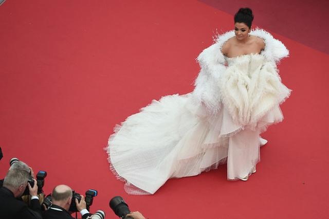 Hoa hậu đẹp nhất trong các hoa hậu lộng lẫy tại Cannes - 14