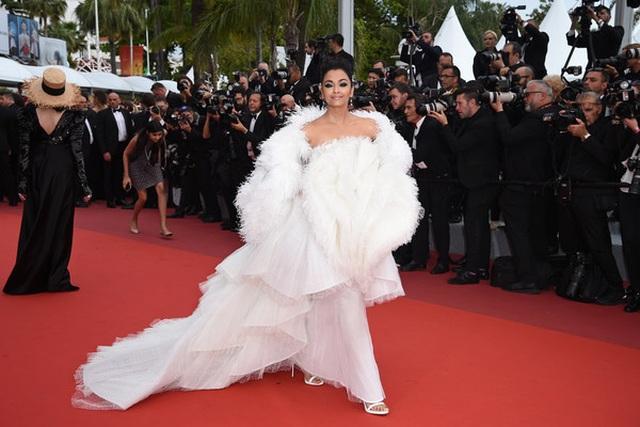 Hoa hậu đẹp nhất trong các hoa hậu lộng lẫy tại Cannes - 12