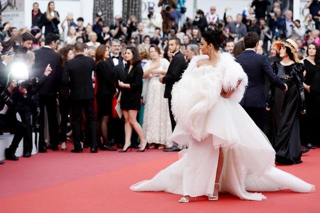 Hoa hậu đẹp nhất trong các hoa hậu lộng lẫy tại Cannes - 2