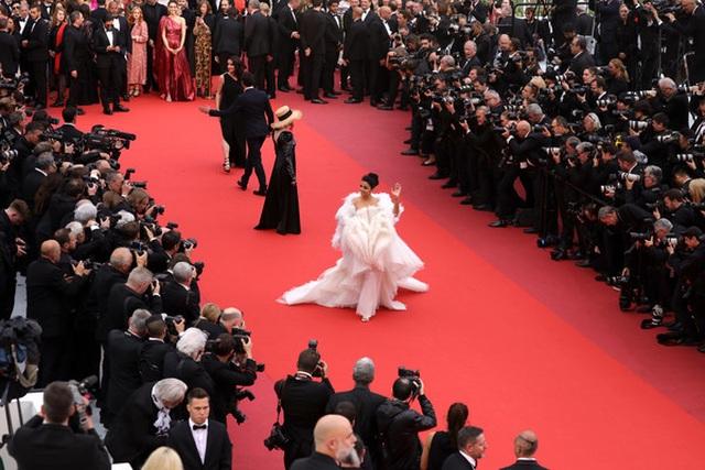 Hoa hậu đẹp nhất trong các hoa hậu lộng lẫy tại Cannes - 3