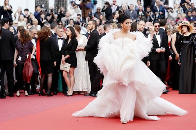Hoa hậu đẹp nhất trong các hoa hậu lộng lẫy tại Cannes - 5
